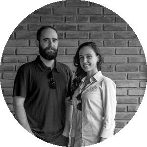 Fernando Gobbo and Larissa França -  the comoVER Arquitetura Ubanismo's team